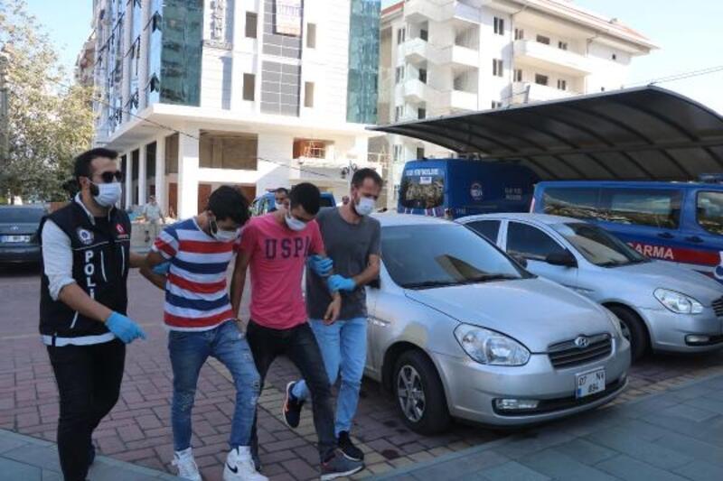 Alanya'da uyuşturucu operasyonu: 4 gözaltı