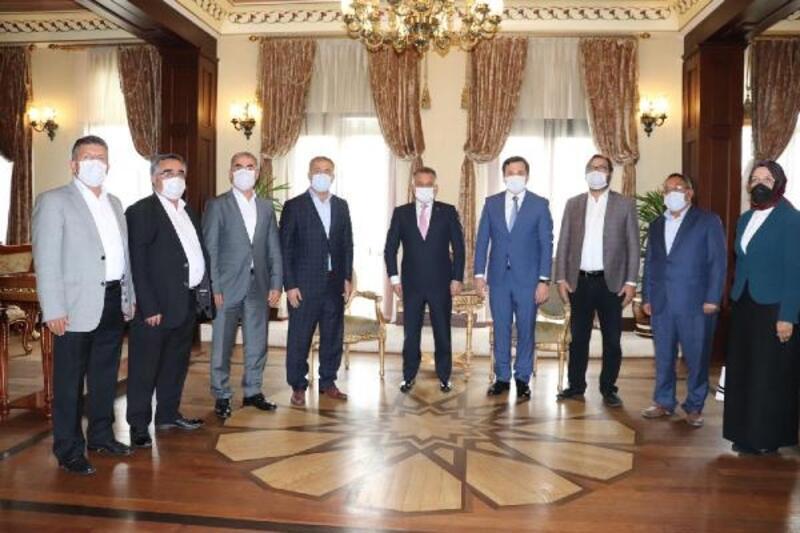 AK Parti Korkuteli'den Vali Yazıcı'ya ziyaret