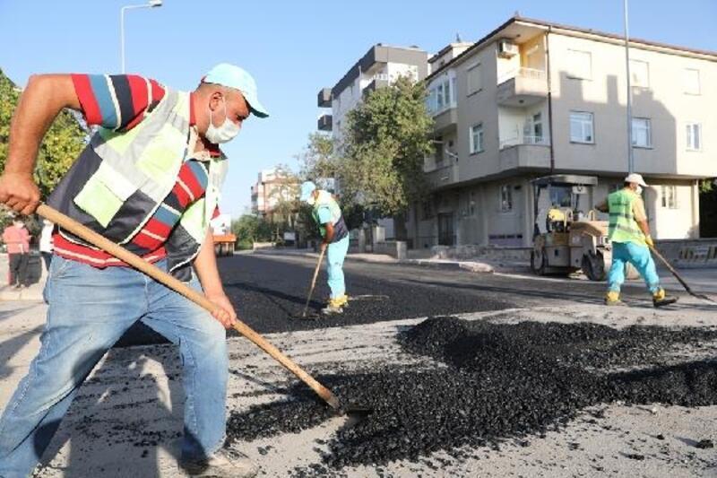 Kocasinan'da asfaltlama devam ediyor