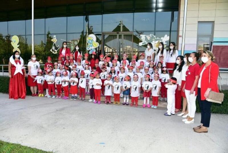 Miniklerden erken Cumhuriyet Bayramı kutlaması
