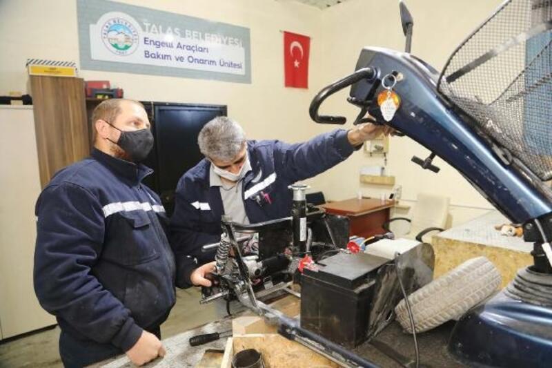 Talas Belediyesi, engelli vatandaşların araçlarını tamir ettiriyor