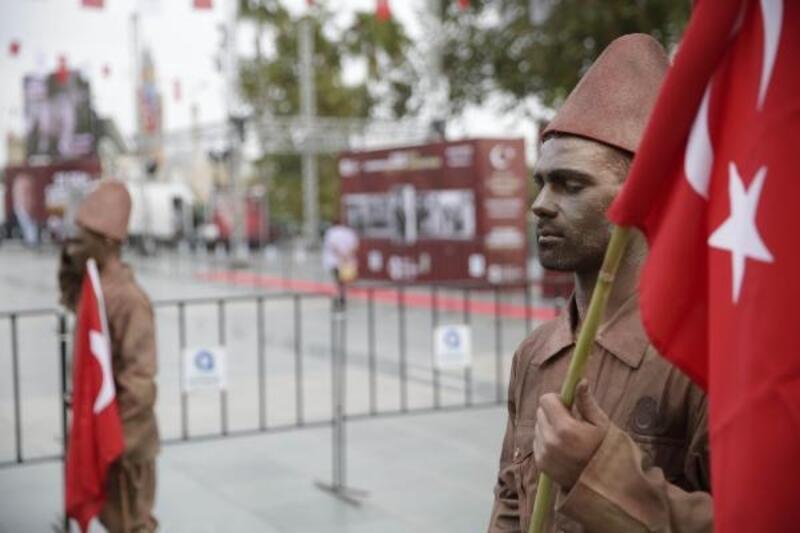 Canlı heykellerle Kurtuluş Savaşı