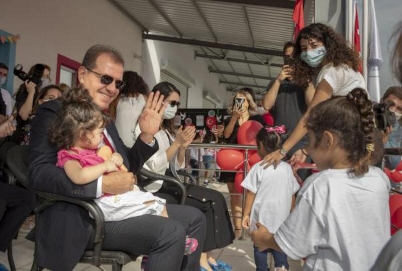 Türkiye'nin halde açılan ilk kreşinde Cumhuriyet Bayramı coşkusu
