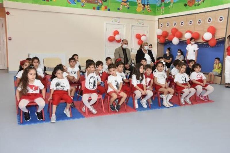 Başkan Erdem, Cumhuriyet Bayramı'nı çocuklarla kutladı