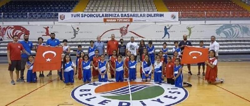 Kepez'in sporcuları, Cumhuriyet Bayramı'nı spor etkinlikleriyle kutladı
