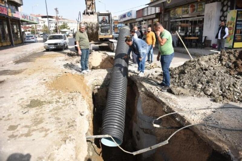 Turhal'da alt yapı çalışmaları devam ediyor