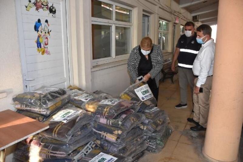 Ceyhan Belediyesi'nden depremzedelere destek