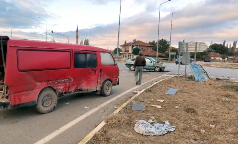 Gemerek'te trafik kazası: 1 yaralı