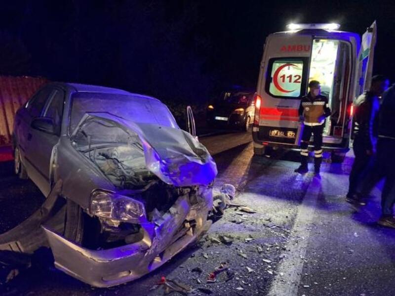 Bucak'ta otomobiller çarpıştı: 4 yaralı