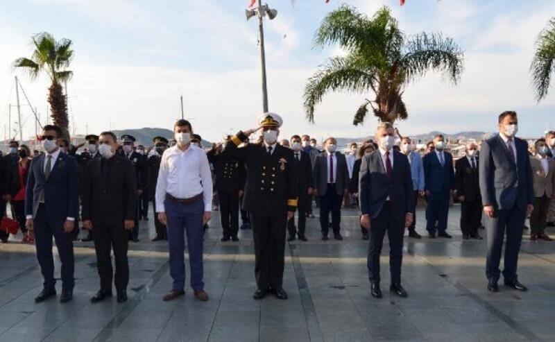 Atatürk Kaş'ta anıldı