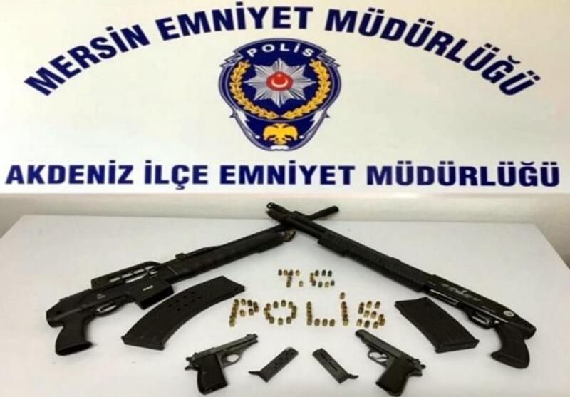 Mersin'de, farklı suçlardan 21 kişi tutuklandı