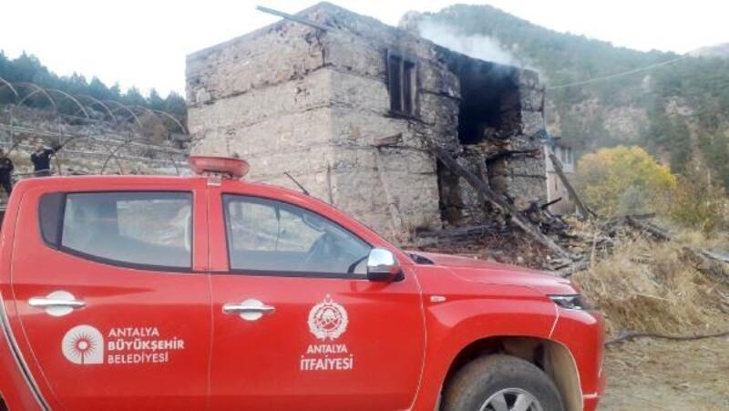 Gazipaşa'da ev yangını