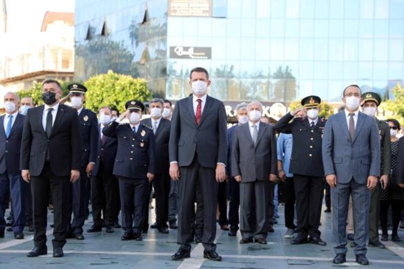 Atatürk, Alanya'da özlemle anıldı