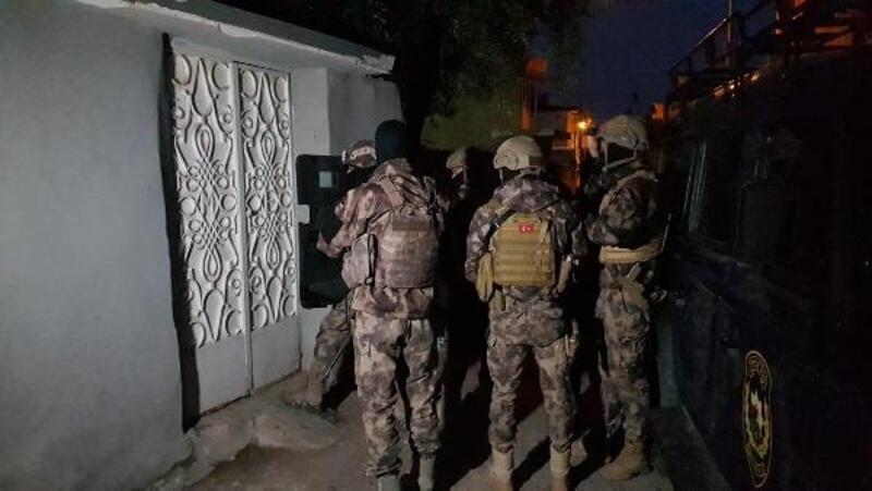 İskenderun'da çeşitli suçlardan arananlara operasyon: 6 gözaltı