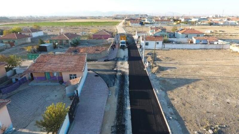 Karatay'da 200 bin ton asfalt hedefi aşıldı