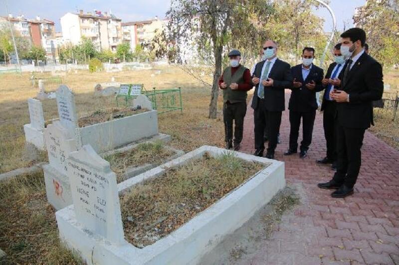 Sivas'ta Aydoğan Mezarlığında çevre düzenlemesi
