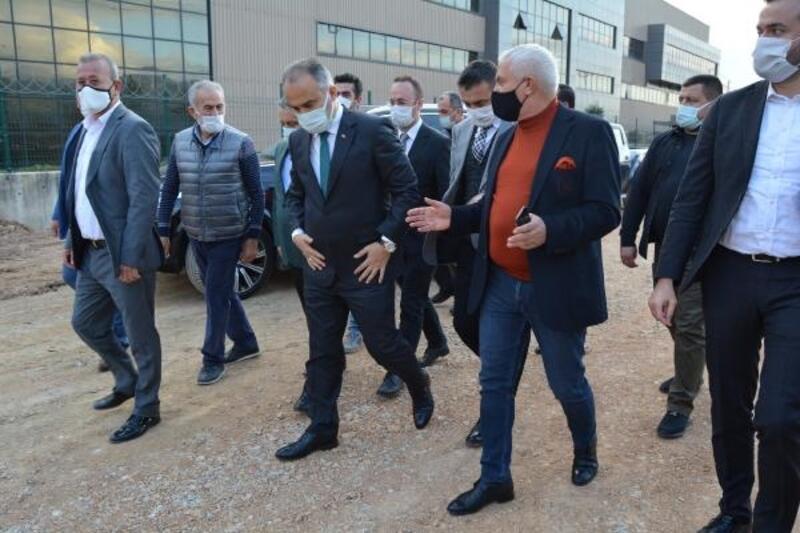 Bursa Büyükşehir Belediye Başkanı Aktaş, BOSAB'ta altyapı çalışmalarını inceledi