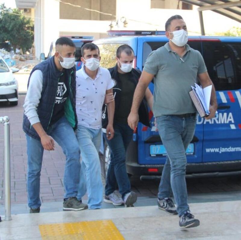 Polisten uyuşturucu operasyonu: 5 gözaltı