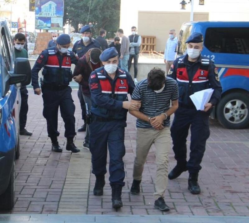 Alanya'da avokado hırsızlığına 3 gözaltı