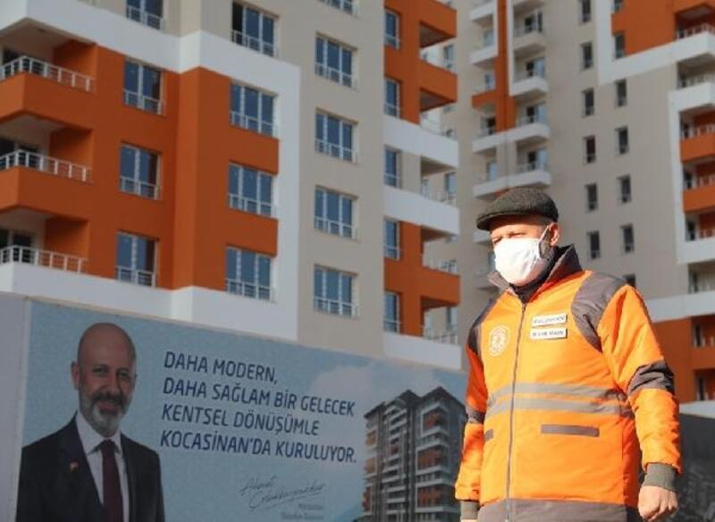 Başkan Çolakbayrakdar kentsel dönüşüm alanında inceleme yaptı