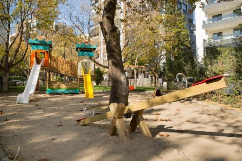 Nilüfer Belediyesi parkları yeniliyor