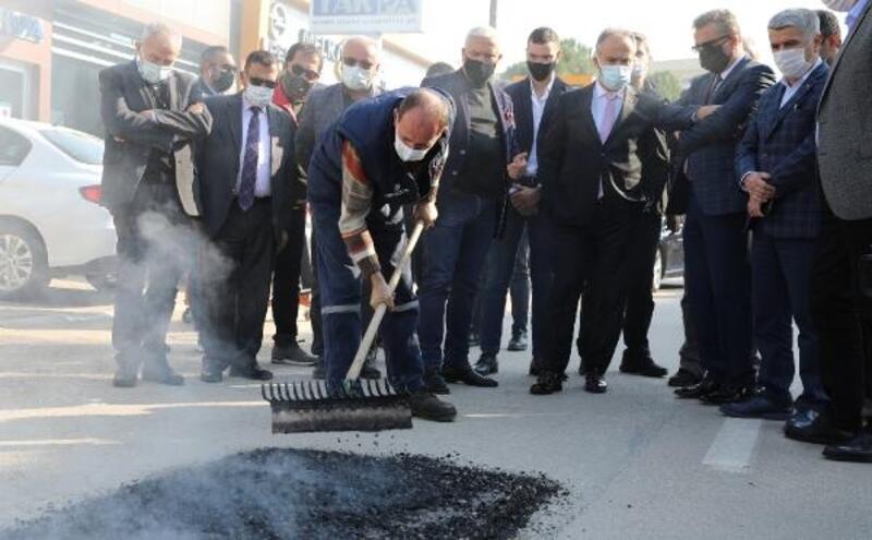 Bursa Büyükşehir Belediye Başkanı Aktaş: 'Asfaltmatik' ile hızlı ve ekonomik çözüm