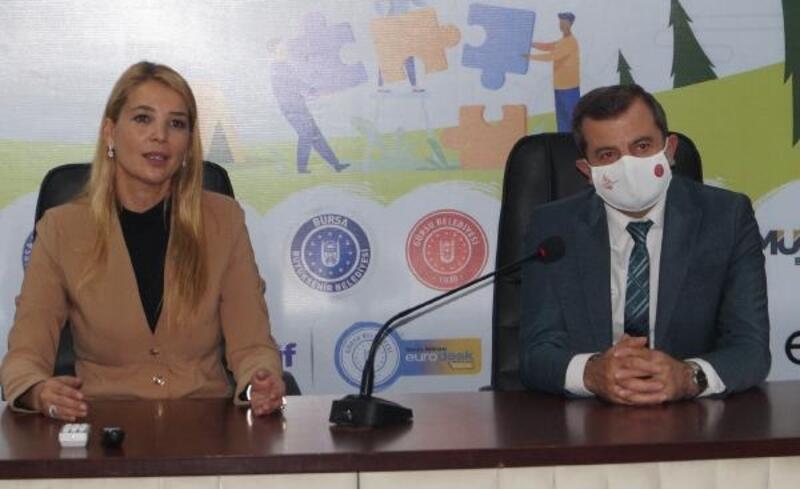 DOSABSİAD Başkanı Çevikel girişimci gençlere tecrübelerini aktardı