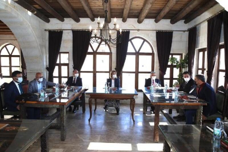 Nevşehir'de 'kış turizmi' toplantısı