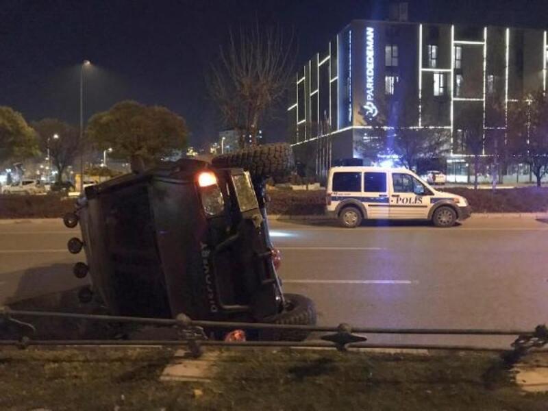 Takla atan cipin sürücüsü kaza yara almadan atlattı