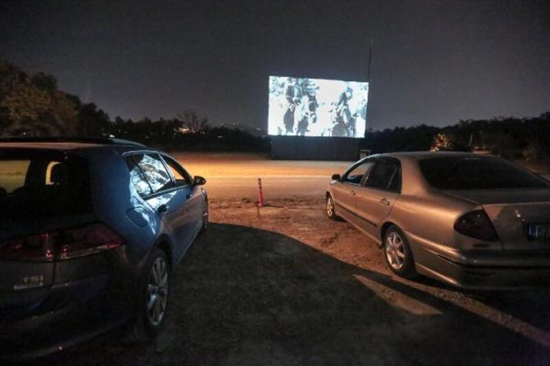 Nilüfer Belediyesi arabalı sinema etkinliği sona erdi