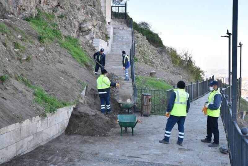 Bursa'da Tophane yamaçları temizleniyor