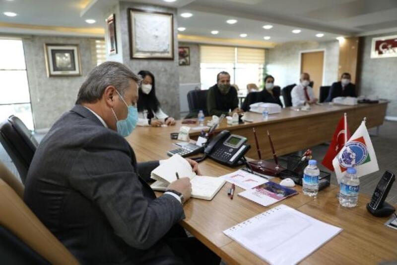 Başkan Palancıoğlu, muhtarların istek ve taleplerini dinledi