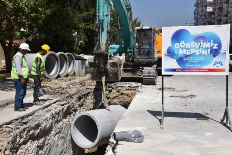 Mezitli'ye yeni yağmur suyu hattı kazandırılıyor