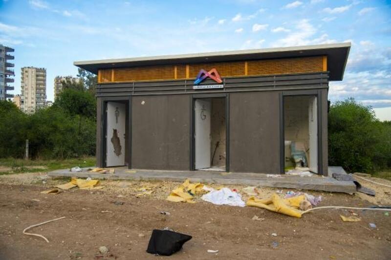 Vatandaşların kullandığı tesisler tahrip edildi