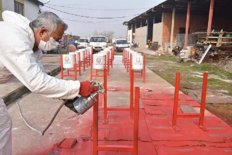 Çan Belediyesi kendi çöp kovalarını üretmeye başladı