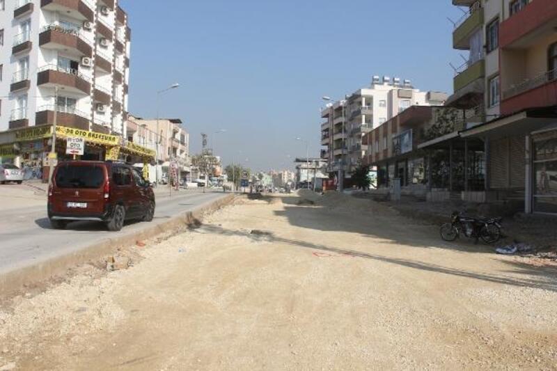Mersin Büyükşehir, Toroslar'da asfalt çalışmalarına devam ediyor