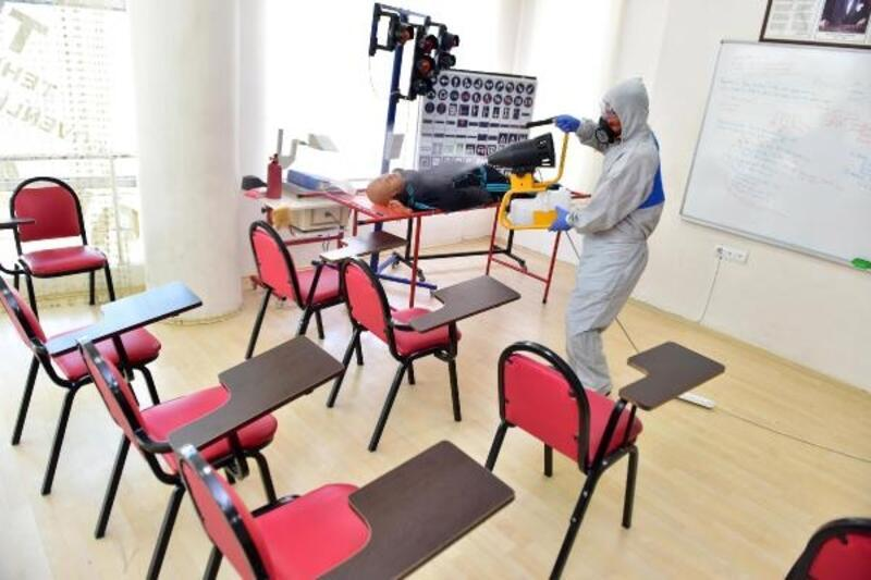 Kepez'de koronavirüsle mücadele sürüyor