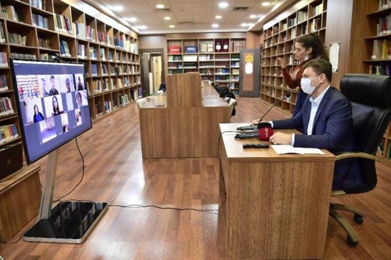 Başkan Bahadır, engelli vatandaşlarla online bir araya geldi