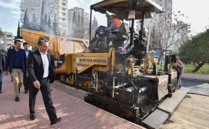 Muratpaşa Belediyesi, 4 yılda 695 bin 640 ton sıcak asfalt üretti