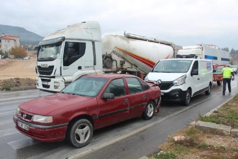 Bucak'ta zincirleme kaza