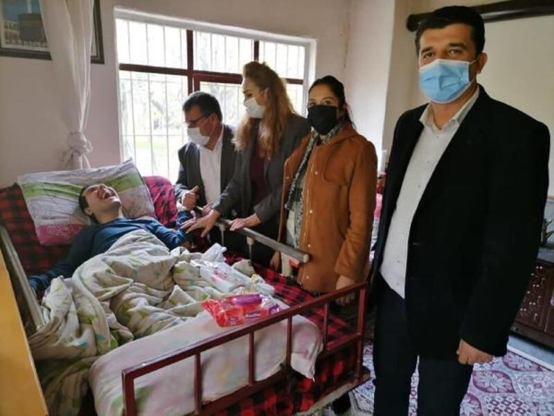 Başkan Gökçe, engelli vatandaşları ziyaret etti