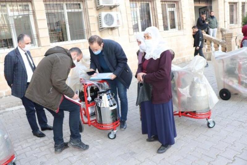 Midyat'ta kadınlara yüzde 90 hibeyle süt sağım makinesi