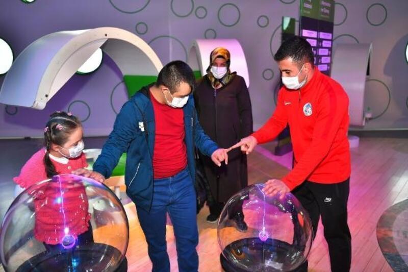 Büyükşehir Belediyesi'nden 6 engelli çocuk için etkinlik
