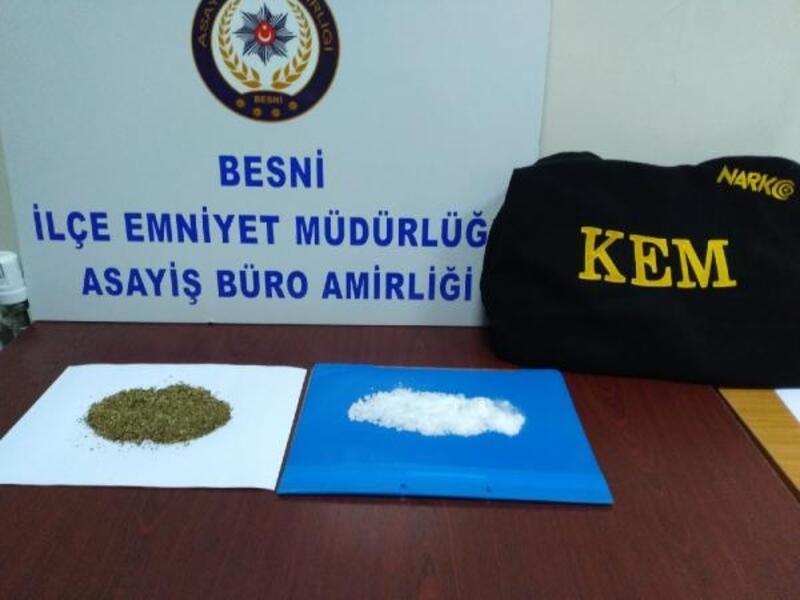 Besni'de uyuşturucuya 2 gözaltı