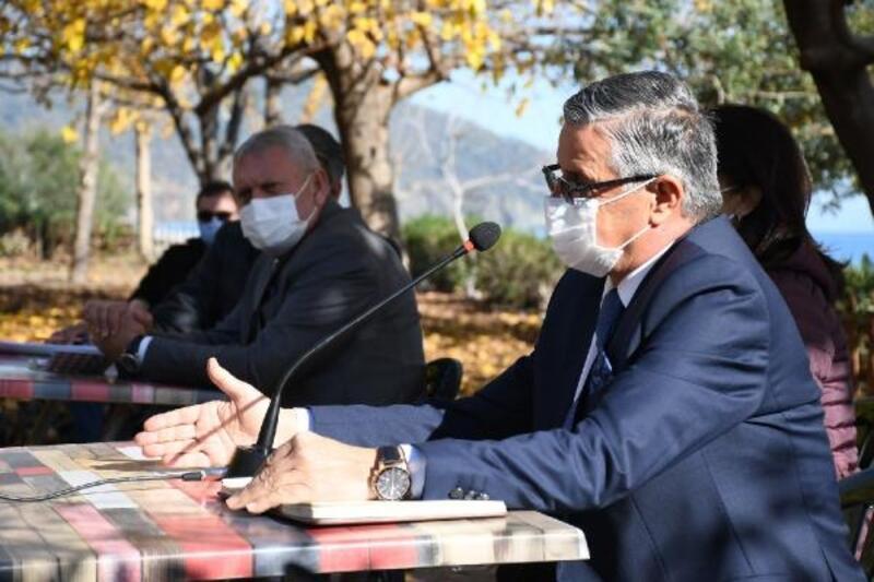 Başkan Topaloğlu Çıralı'da vatandaşlarla buluştu