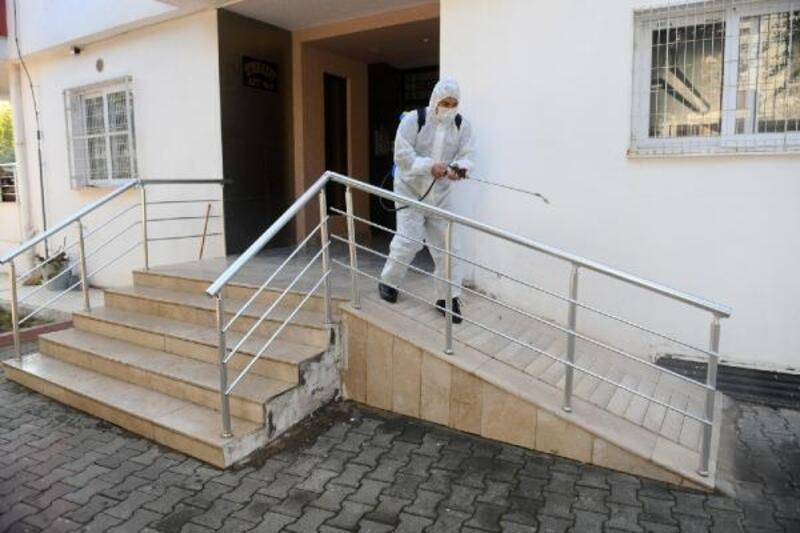 Yenişehir'de dezenfeksiyon çalışmalarını sürdürüyor