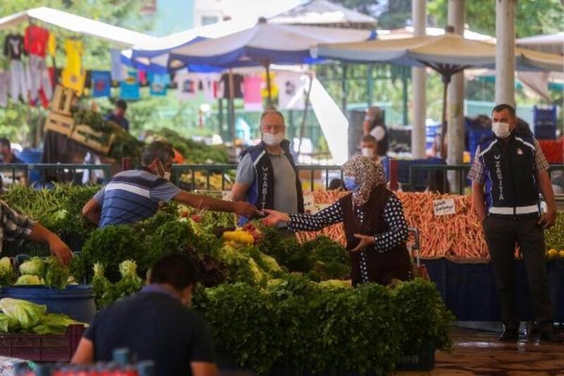 Yenimahalle'nin semt pazarlarına pandemi düzenlemesi