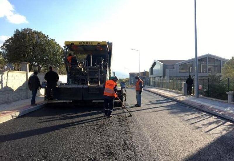Osmangazi Belediyesi, asfalt yenilemesine devam ediyor