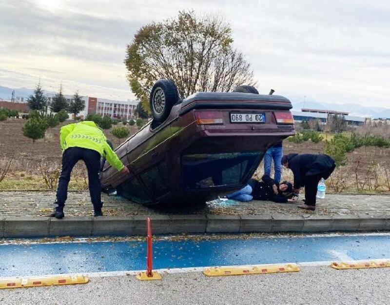 Üniversite yerleşkesinde kaza: 2 yaralı