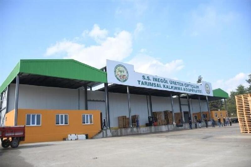 İnegöl'de 300 çiftçiye depolama imkanı sunuldu